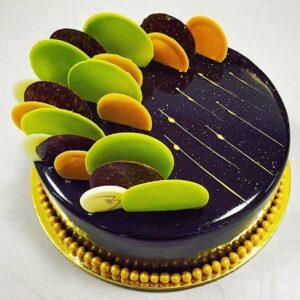 Chocolate Đen được sử dụng để làm sủi trang trí bánh kem